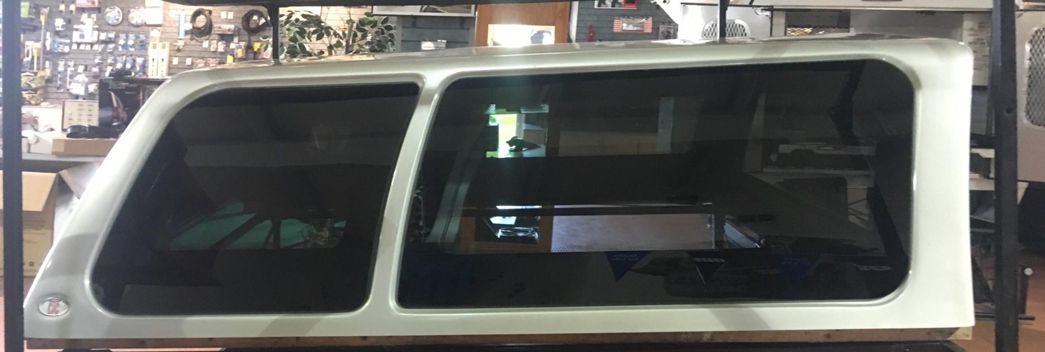 Century Cab-Hi Truck Cap, Silver